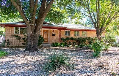 Fort Worth Single Family Home For Sale: 2120 Robinwood Drive
