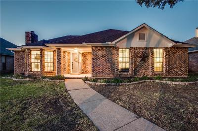 Carrollton Single Family Home For Sale: 1909 Lavaca Trail