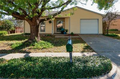 Fort Worth Single Family Home For Sale: 4228 Pepperbush Drive