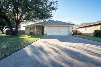 Crowley Single Family Home For Sale: 201 Hall Drive
