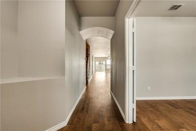 Fort Worth Single Family Home For Sale: 12612 Summerwood Drive