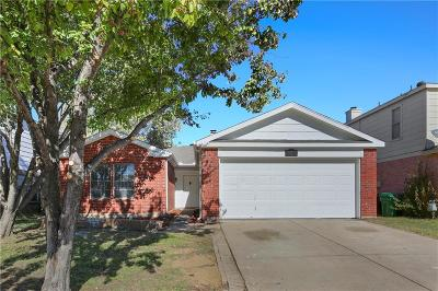 Denton County Single Family Home For Sale: 920 Beechwood Drive
