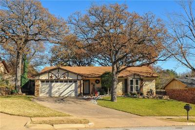 Bedford Single Family Home Active Contingent: 3220 Meadow Wood Lane