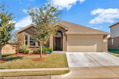 Burleson Single Family Home For Sale: 1320 Wysteria Lane