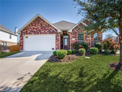 Little Elm Single Family Home For Sale: 1617 Lake Way Drive