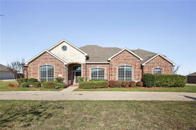 Waxahachie Single Family Home For Sale: 114 Chazlynn Court