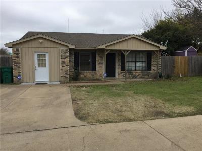 Cedar Hill Single Family Home For Sale: 400 Vincent Street