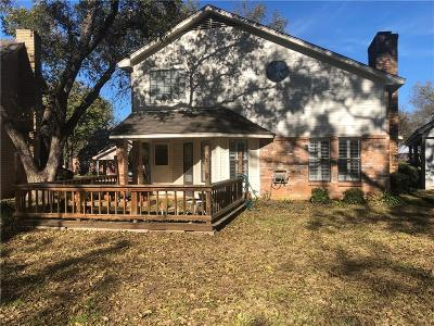 Arlington Single Family Home For Sale: 2810 Inniswood Circle
