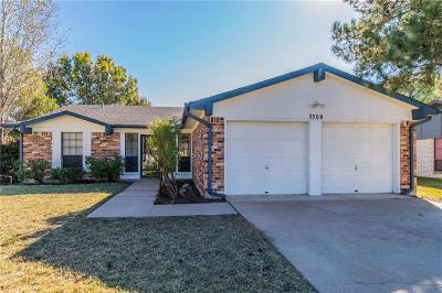 Benbrook Single Family Home For Sale: 1108 Manning Street