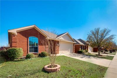 Fort Worth Single Family Home For Sale: 2408 Rushing Springs Drive