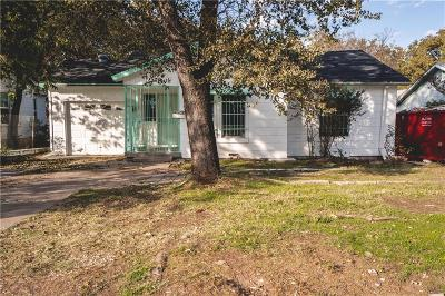 Tarrant County Single Family Home For Sale: 3625 Wilbarger Street