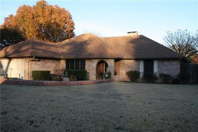 Benbrook Single Family Home For Sale: 1341 Blanco Court