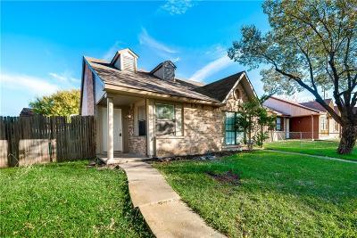 Dallas Half Duplex For Sale: 9547 Gonzales Drive