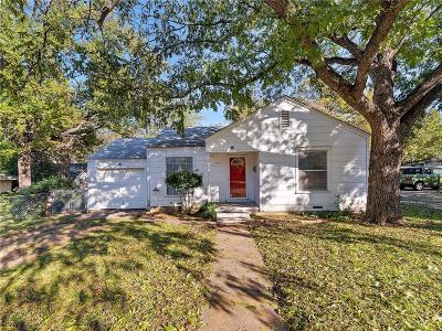 Arlington Single Family Home For Sale: 407 Elliott Street