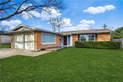 Richardson Single Family Home For Sale: 802 Wateka Way