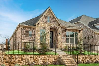 Euless Single Family Home For Sale: 310 Julia Lane