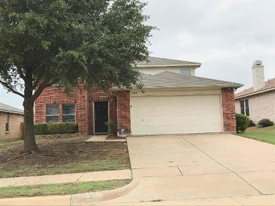 Fort Worth Residential Lease For Lease: 528 Oriel Circle