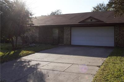 North Richland Hills Single Family Home For Sale: 5813 Steeplewood Drive