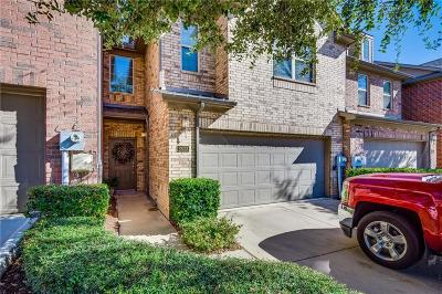 Lewisville Townhouse For Sale: 2633 Jacobson Drive
