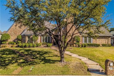 Arlington Single Family Home For Sale: 2107 Bay Club Drive
