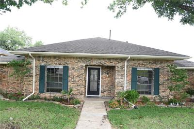 Garland Single Family Home For Sale: 3002 Apple Valley Drive