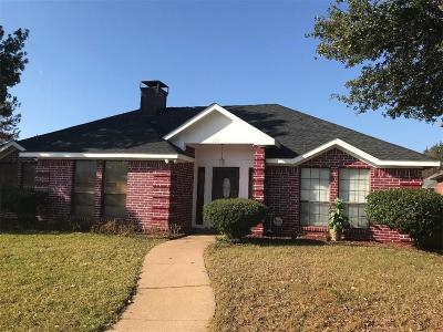 Lewisville Single Family Home For Sale: 804 Sylvan Creek Drive