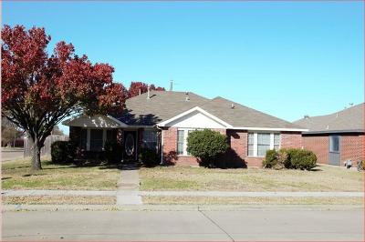The Colony Single Family Home For Sale: 5801 Baker Drive