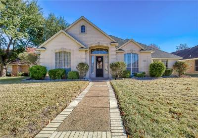 Desoto Single Family Home For Sale: 608 N Silver Creek Circle