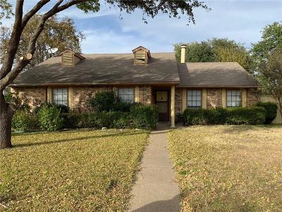 Cedar Hill Single Family Home For Sale: 454 Kenya Street