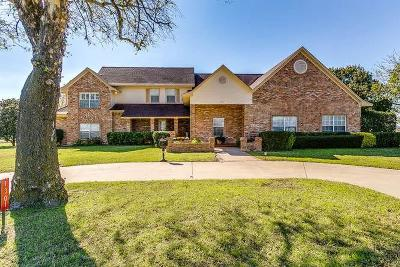 Cleburne Single Family Home For Sale: 1301 County Road 1123