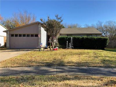 North Richland Hills Single Family Home Active Option Contract: 7472 Sandhurst Lane S