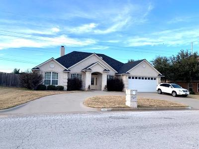 Stephenville Single Family Home For Sale: 765 Bluebonnet Drive
