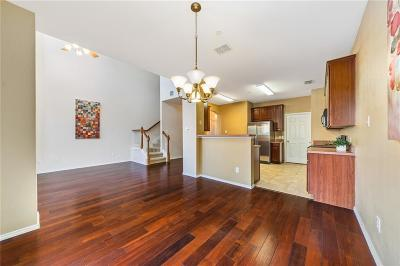 Lewisville Townhouse For Sale: 213 Prestwick Lane