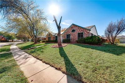 Coppell Single Family Home For Sale: 243 Barclay Avenue