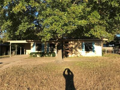 Corsicana Single Family Home For Sale: 1817 Bowie Drive