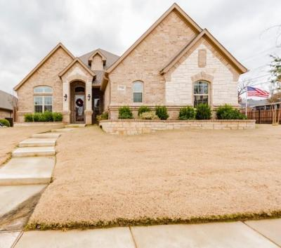 North Richland Hills Single Family Home For Sale: 7700 Shadow Wood Drive