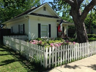 Grapevine Single Family Home For Sale: 409 E Worth Street