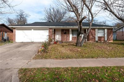 Haltom City Single Family Home Active Option Contract: 6317 Solona Circle N