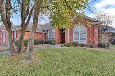 Mansfield Single Family Home For Sale: 1318 Waterwood Drive