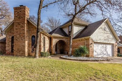 Grapevine Single Family Home For Sale: 1032 W Winding Creek Drive