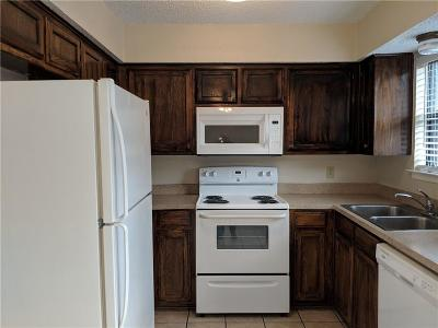 Euless Residential Lease For Lease: 3001 W Sycamore Circle #3007