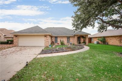 Waxahachie Single Family Home For Sale: 107 Driftwood Lane