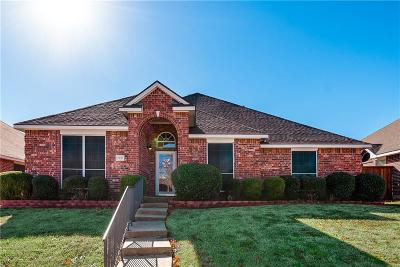 Mesquite Single Family Home For Sale: 1930 Woodglen Drive