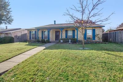 Dallas Single Family Home For Sale: 7306 Flameleaf Place
