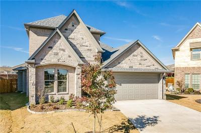 Burleson Single Family Home For Sale: 401 Blue Star Court