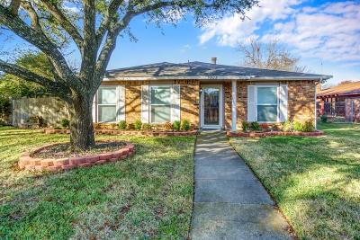 Garland Single Family Home For Sale: 3505 Knoll Point Drive