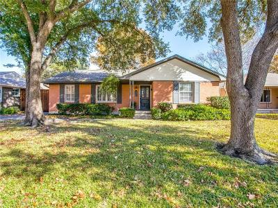 Dallas Single Family Home For Sale: 9646 Livenshire Drive