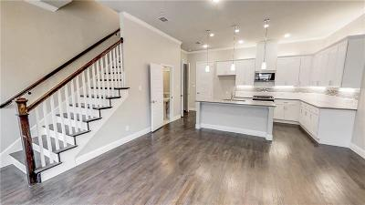 Denton County Townhouse For Sale: 2813 Lindale Drive