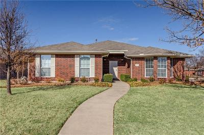 Denton County Single Family Home For Sale: 4178 Palace Place