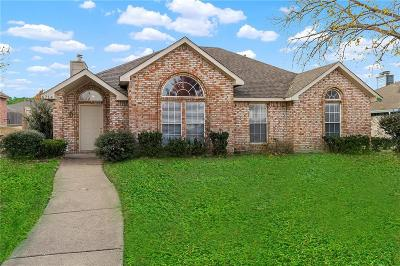 Rowlett Single Family Home Active Option Contract: 6714 Alissa Drive